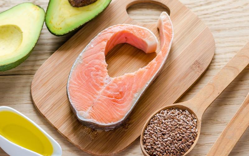 Cá là thực phẩm giàu omega - 3 tốt cho xương khớp