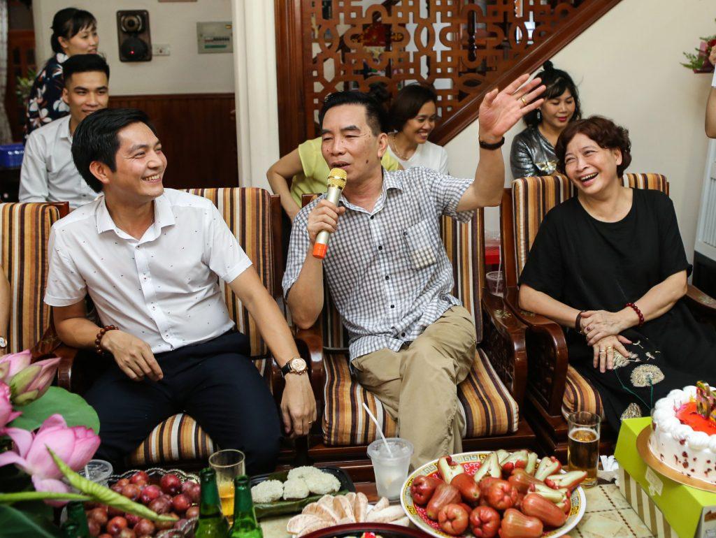 Chúc mừng sinh nhật U Hòa - CBNV - 1