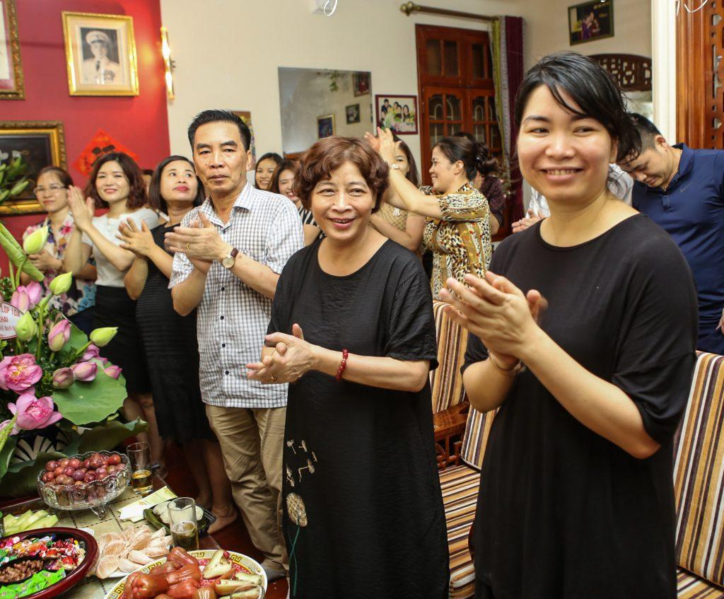 Chúc mừng sinh nhật U Hòa - CBNV - 2